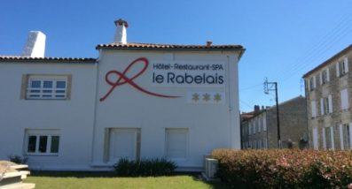 Un coup de peps sur la facade du Rabelais